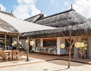 Coast beach bar - Heritage C beach Club mauritius