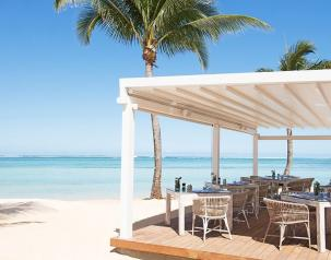 Le Palmier New Restaurant on the beach at Heritage Le Telfair