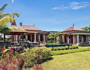 luxury villas with private pool to rent mauritius